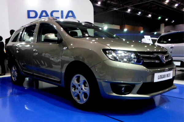 dzautos magazine automobile la nouvelle dacia logan mcv d barque da. Black Bedroom Furniture Sets. Home Design Ideas
